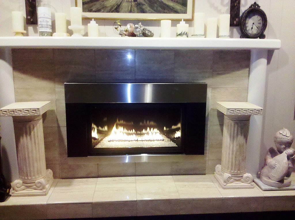 Innsbrook Loft DVL25iN Contemporary Insert - This is an actual install pic!